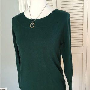 Lightweight sweater from the Loft Forest Green
